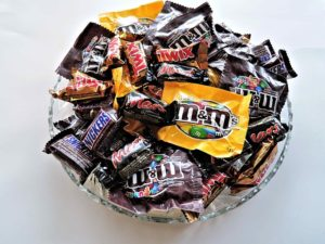 Bowl of fun size candy packages